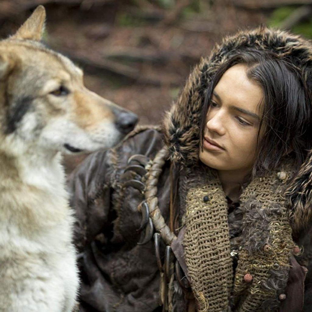 Alpha, Pertemanan Anjing dan Manusia