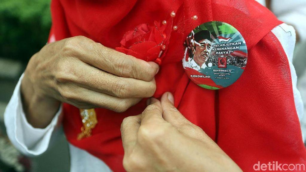 Projo Bubar, PDIP Sampaikan Rasa Hormat