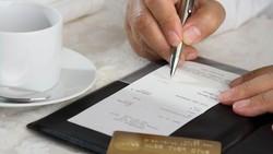 Curhat Penjual Pisang Roti hingga Hedon Makan di Restoran Miliaran Rupiah