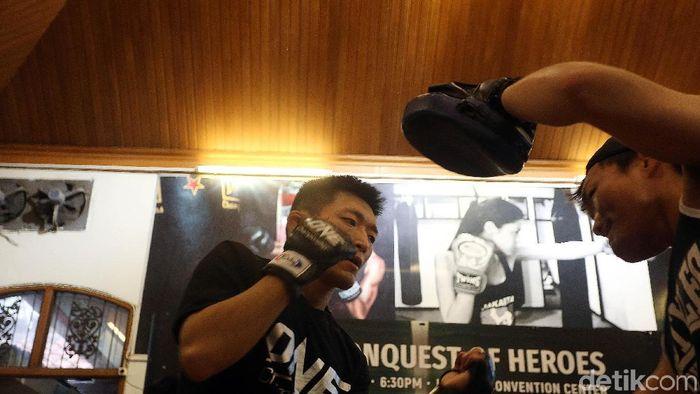 Yoshitaka Naito sedang berlatih jelang duel akhir pekan ini (Rengga Sancaya/detikSport)