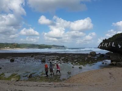 Weekend Ini, Kabur Sejenak ke Pantai Tersembunyi di Gunungkidul