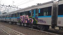 Pelaku Vandalisme MRT Diduga Sempat Bagi-bagi Stiker ke Warga