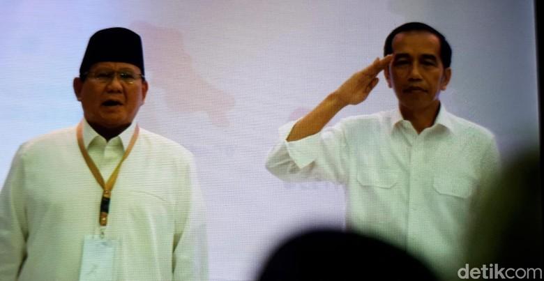 Indonesia Raya Berkumandang di KPU, Hanya Jokowi yang Sikap Hormat