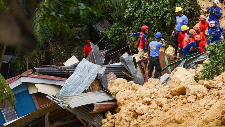 Korban Longsor Filipina Kirim Pesan Minta Tolong dari Reruntuhan