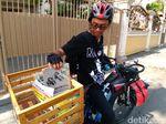 Ingin Anak-anak Doyan Baca Buku, Yunaz Bikin Perpustakaan Sepeda