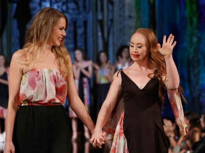 Madeline Stuart gelar fashion show di New York Fashion Week. Foto: Getty Images