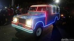 Ini Mobil Land Rover Kerlap-Kerlip yang Dinaiki Jokowi-Maruf ke KPU