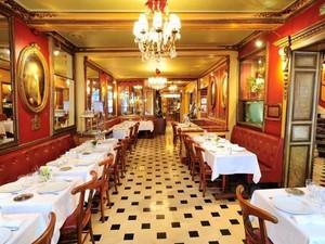 12 Kafe Tertua di Dunia Ini Punya Bangunan dan Interior Menakjubkan (2)
