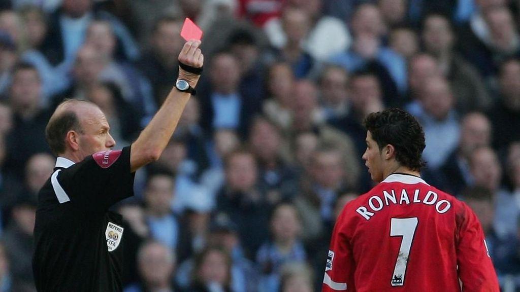11 Momen Kartu Merah Cristiano Ronaldo