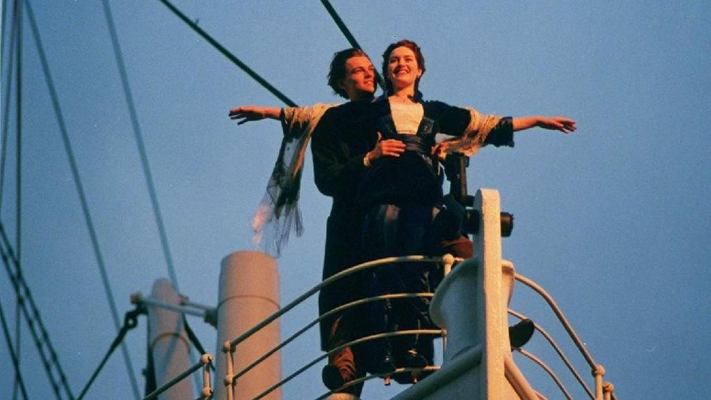 Rekomendasi Film Romantis Tahun 90an, Cocok Ditonton Bareng Pasangan