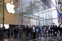 Penjualan Turun, Kapitalisasi Apple iPhone Menguap Rp 794 T