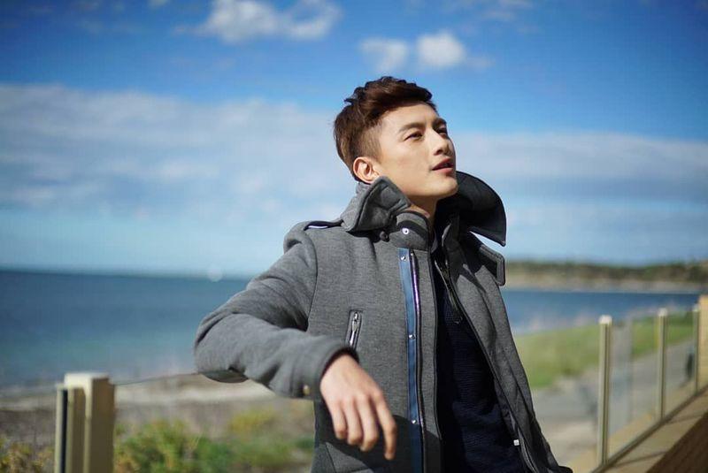 Yuk kenalan dengan Shane Pow, aktor berwajah rupawan yang lahir di Singapura. (shanepowxp/Instagram)