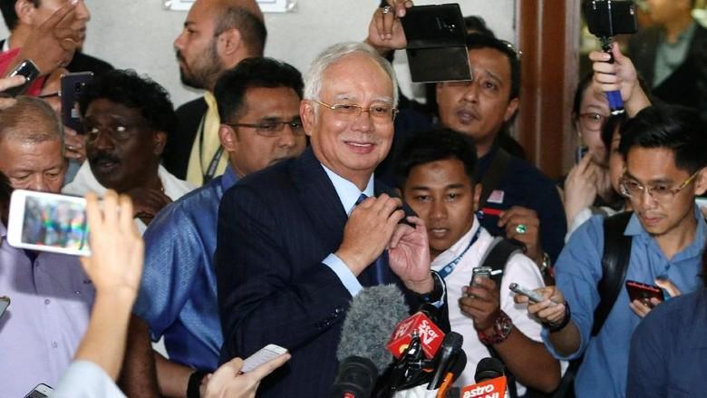 Najib Razak Kembali Dijerat 3 Dakwaan Pencucian Uang, Total 42 Dakwaan