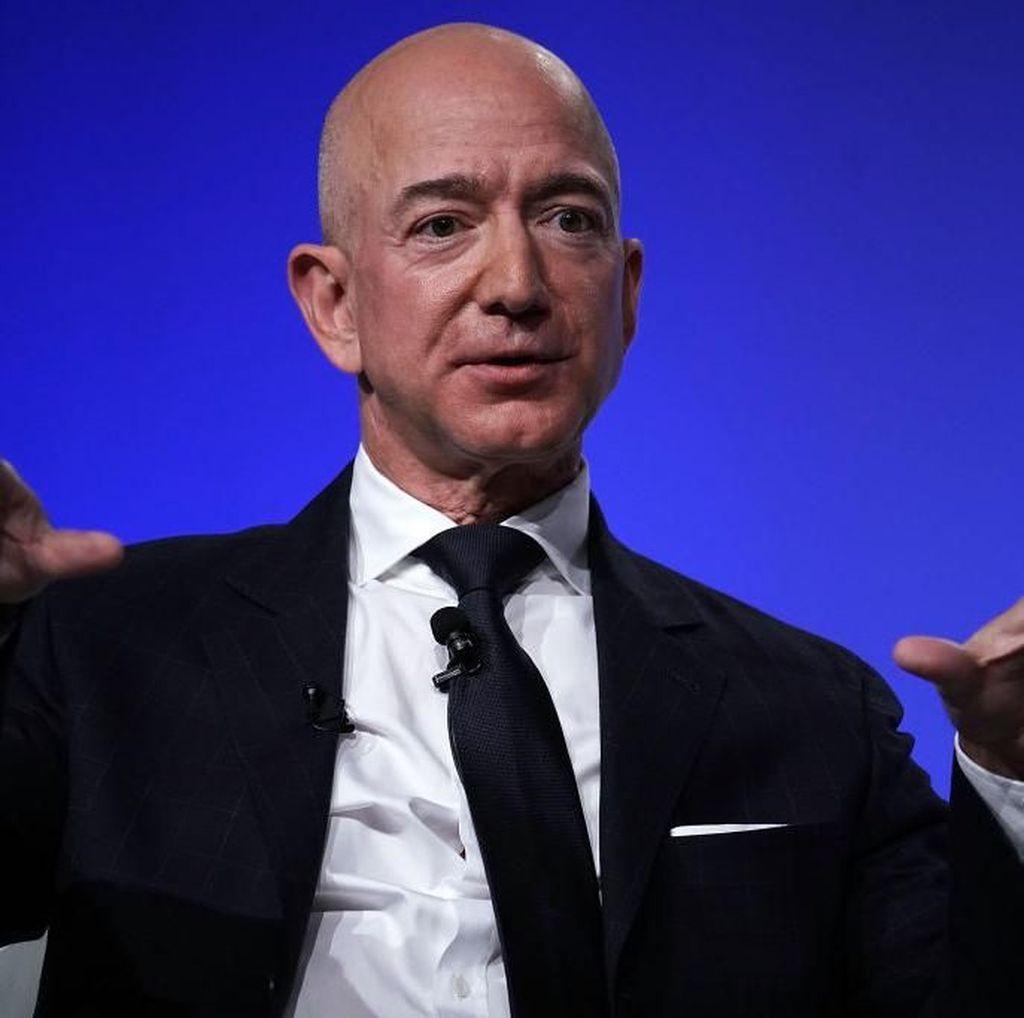 Jeff Bezos Saingi Elon Musk, Juga Terbangkan Manusia ke Antariksa