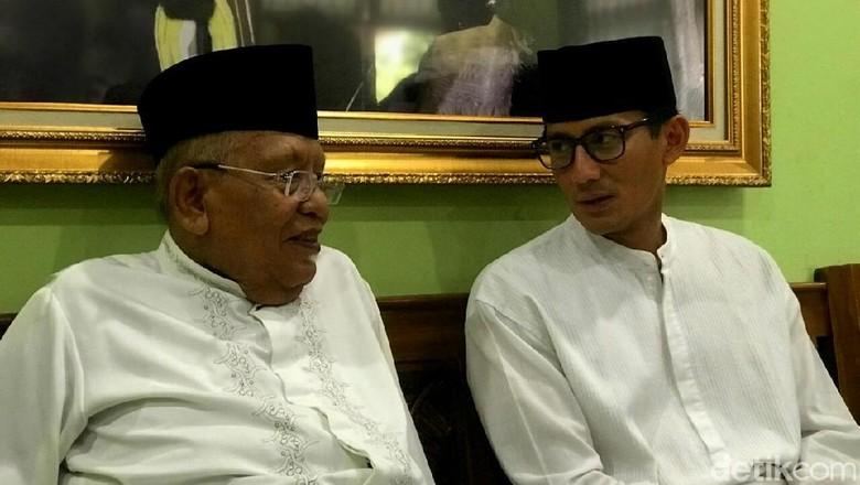 Datangi Ponpes Daarul Rahman, Sandi Didoakan Kiai Syukron Ma'mun