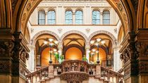 12 Kafe Tertua di Dunia Ini Punya Bangunan dan Interior Menakjubkan (1)