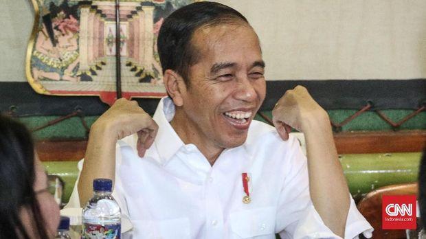 Sandi Tantang Jokowi Berlomba Cari Tempe Berbagai Ukuran