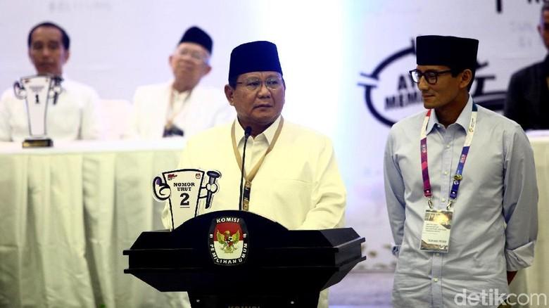 Gaya Prabowo-Sandi Saat Pengundian Nomor Urut