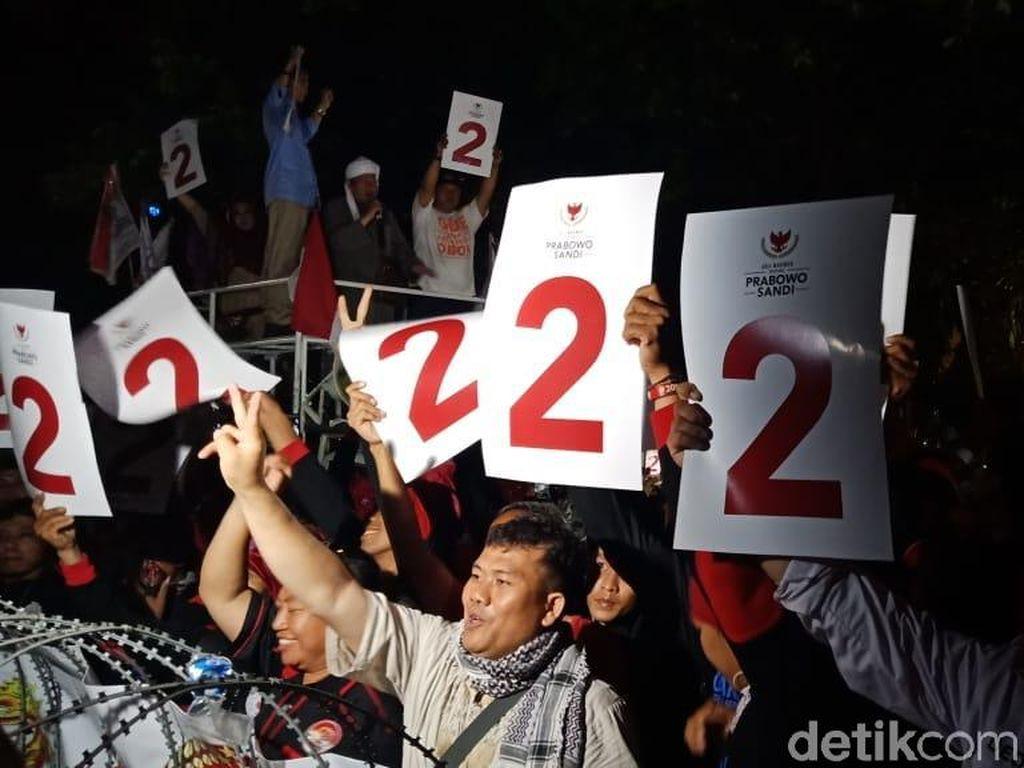 Prabowo-Sandiaga Nomor Urut 2, Pendukung Ucapkan Syahadat
