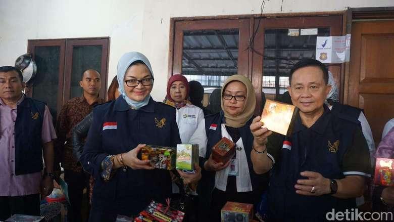 BPOM mengamankan 330 item obat tradisional ilegal pada Rabu (19/9/2018) di daerah Cilincing, Jakarta Utara. (Foto: Khadijah Nur Azizah/detikHealth)