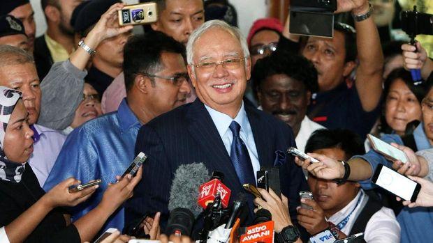 Mantan PM Malaysia Najib Razak Didakwa Kasus Pencucian Uang.