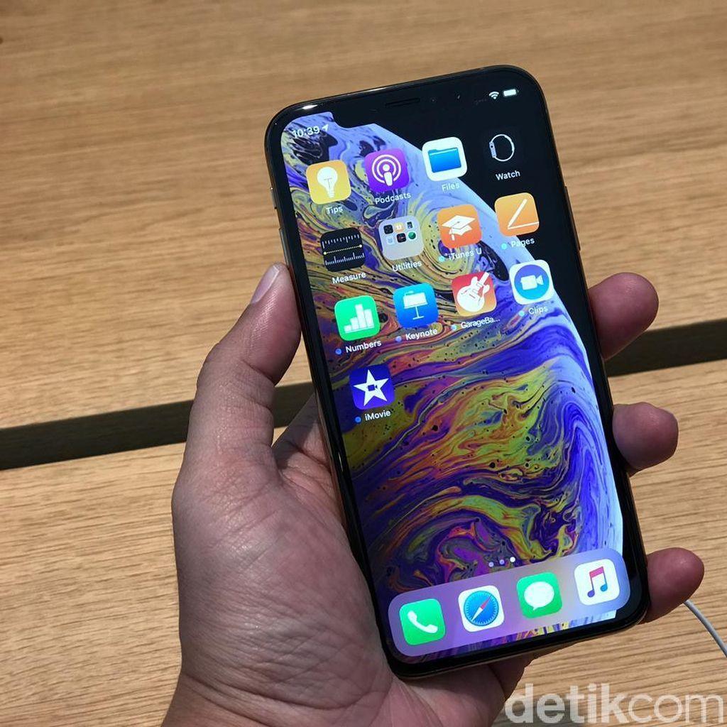 Pengakuan Joki iPhone yang Ikut Antre di Singapura
