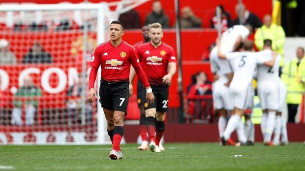 Meski ditahan imbang Wolverhampton, Man United tetap naik peringkat.