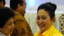 Apa Kado Titiek Soeharto untuk Ulang Tahun Prabowo?