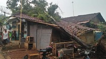Puting Beliung Sapu Cibarengkok Sukabumi, Puluhan Rumah Rusak