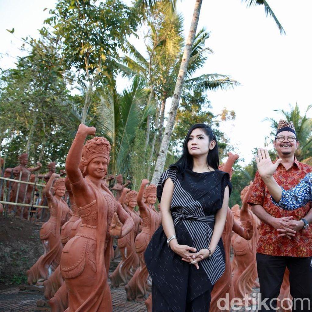 Ke Banyuwangi, Fira Basuki Langsung Terinspirasi Bikin Novel