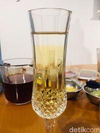 Slurpp! Segarnya White Tea Diseduh Cold Brew dan Dipadu Jus Semangka
