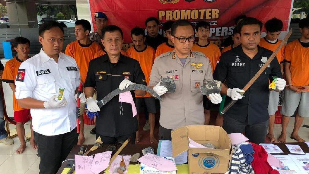 Serang Polisi dan Suporter, 14 Anggota Geng Ditangkap