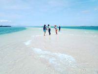 Cantiknya Pantai Pink Lombok Bikin Hati Berdesir