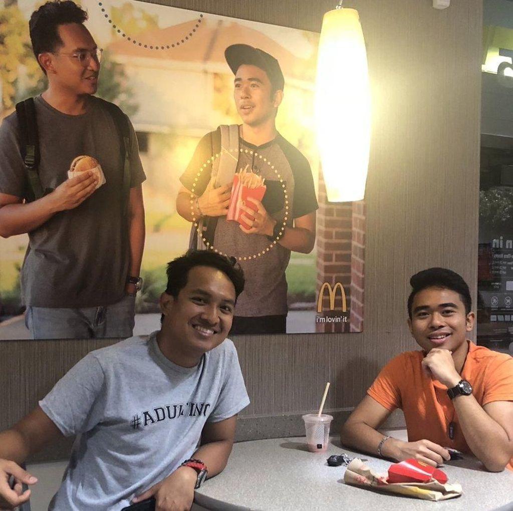 Remaja yang Buat Poster Iklan Palsu di Restoran, Justru Dapat Cek Sebesar Rp 371 Juta!