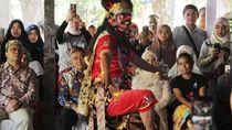 Edukasi Seni Tari Topeng untuk Lestarikan Budaya Cirebon