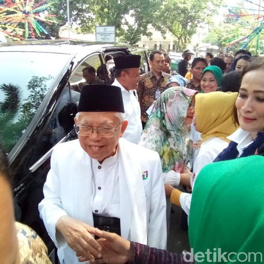 Maruf Amin dan Istrinya Hadiri Deklarasi Dukungan Perempuan