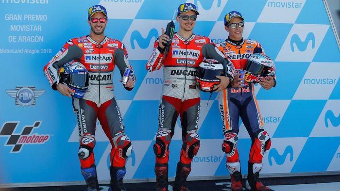 Jorge Lorenzo akan start terdepan di MotoGP Aragon, disusul oleh Andrea Dovizioso dan Marc Marquez (Foto: Heino Kalis/Reuters)