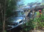 Mesin Mati, Mobil Berpenumpang Pasutri Tertabrak Kereta Api
