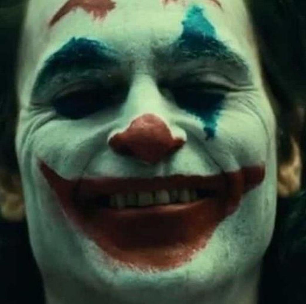 Tawa Joaquin Phoenix, Penampilan yang Khas dari Joker Beredar