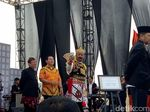 Nyentrik! Ketum PPP Pakai Kostum Gatot Kaca di Kampanye Damai