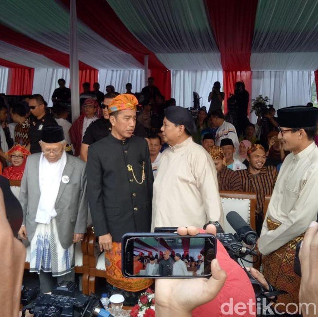 Jokowi Vs Prabowo, Siapa Lebih Sering Dibicarakan di Medsos?