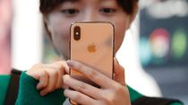 Huawei Dicekal AS, Warga China Balas Boikot iPhone