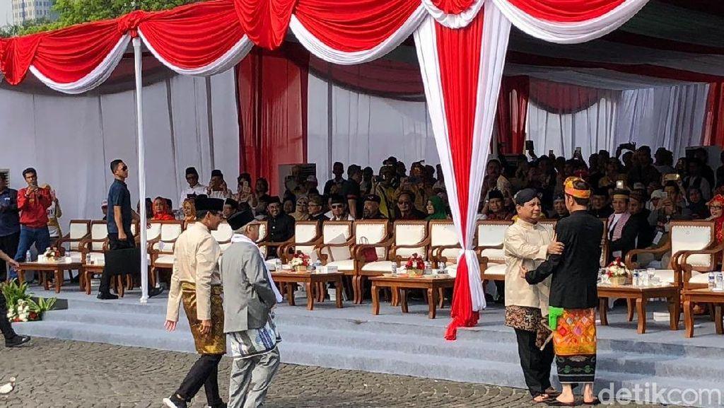 Akrabnya Jokowi dan Prabowo Jelang Deklarasi Kampanye Damai