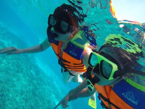 Postingan soal traveling di Instagram pribadinya, Hari Jisun menikmati Gili Air di Lombok (harijisun/Instagram)