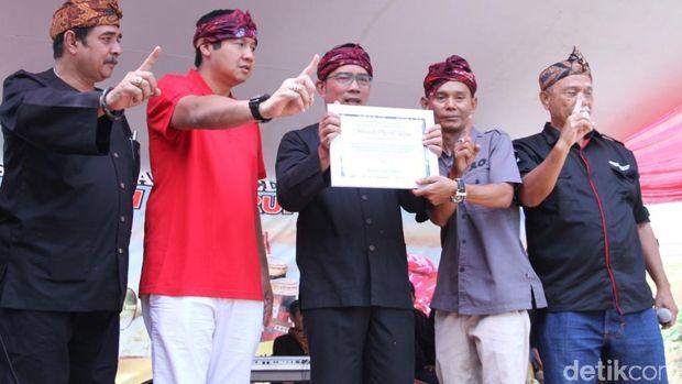 Ridwan Kamil Mulai Kampanyekan Jokowi-Ma'ruf di Jabar
