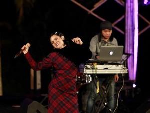 Andien Ajak Jamaah Al-Jazziyah Nostalgia di Jazz Gunung Ijen