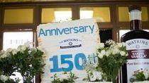 Wouw! Tumpukan 260 Layer Cake Ukuran Jumbo Ini Pecahkan Rekor Dunia