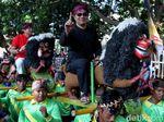 Momen Ridwan Kamil Kampanyekan Jokowi-Maruf Bersama Seniman