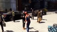 Lagi Ramai! Wanita Berhijab Tolak Dipeluk Spiderman