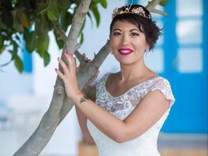 Dicampakkan Tunangan, Wanita Ini Habiskan Rp 408 Juta Nikahi Diri Sendiri
